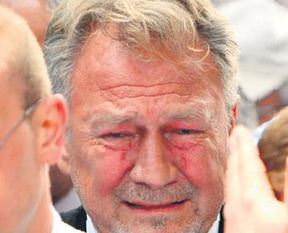Sezer'in gözyaşları