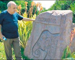 'Beni Bahadır'ın yanına gömün'