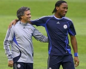 Mourinho, Drogba'dan vazgeçmiyor