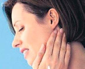 Kulak ağrısı yüz felci habercisi
