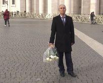 Ağca, Papa'nın mezarına gitti gözaltına alındı