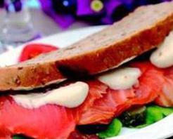 Somonlu Sandviç