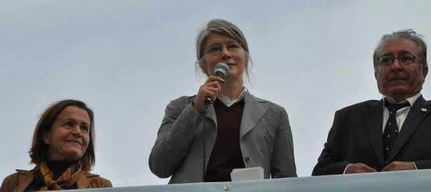 CHP'lilerden Tarhan'a protesto