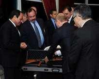 Putinden Sisiye Kalaşnikof