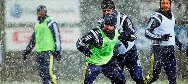 Fenerbahçe'ye kar engel olamadı