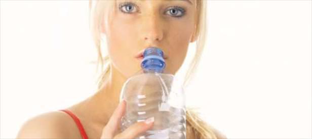 Plastik şişe kısır yapıyor