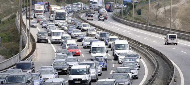 İstanbullular dikkat! O yol 6 saat trafiğe kapanacak!