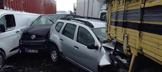 Kütahya'da zincirleme trafik kazası: 18 yaral