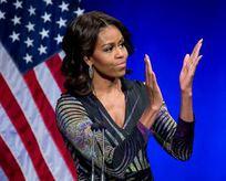 Michelle Obama'ya hakaret eden sunucu kovuldu!