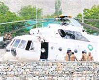 Taliban büyükelçileri taşıyan helikopteri vurdu: 6 ölü