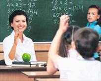 Öğretmene 4 jest