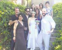 Sertab evlendi