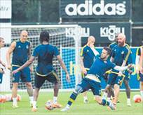 Fenerbahçe'de Shakhtar maçının mesaisi başladı