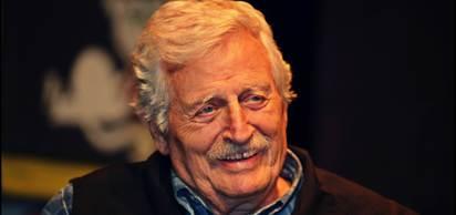 Türk tiyatro ve sinema sanatçısı Müşfik Kenter, bugün hayatını kaybetti.