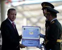 Cumhurbaşkanından okul birincisine diploma