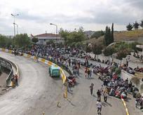 Suriyeli sığınmacılar otogarda bekliyor