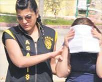 2 çocuk annesi fuhuştan yakalandı