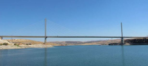 En uzun dördüncü asma köprü bitti