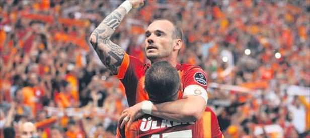Sneijder gol atarsa tarihe geçecek