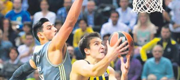 Fenerbahçe'den destan Real'i parçaladı!