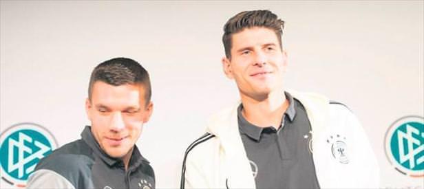 Almanya'da gündem Poldi & Gomez!