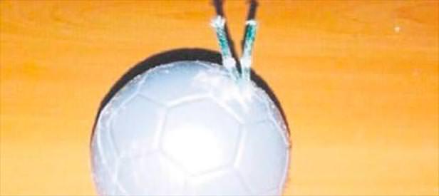 Futbol toplu bomba