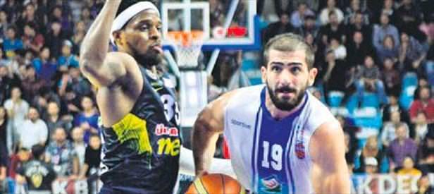 Fenerbahçe'ye ligde Demir İnşaat şoku