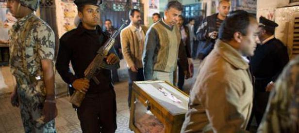 Mısır'daki seçimlere Sisi gölgesi