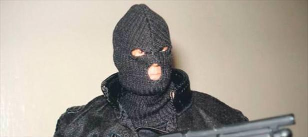 Maskeli soygun