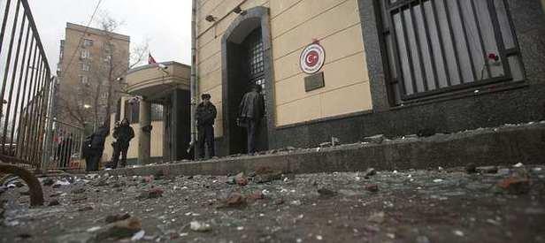Türkiye Büyükelçiliği'ne saldırı