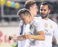 Tüm dünya Real Madrid'le kafa buluyor
