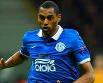 Beşiktaş Douglas için yeni teklif sundu