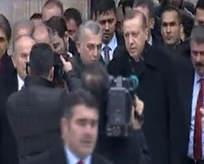 Erdoğan cuma namazını Sultanahmet'te kıldı