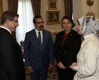 Başbakan Davutoğlu Özgecan'ın ailesiyle görüştü