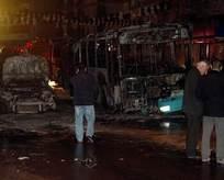 Hainler halk otobüsü ve otomobili ateşe verdi!
