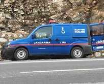 İzmir'de jandarma aracına saldırı