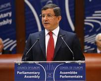 Davutoğlu'ndan HDP'li vekile Türkçe çıkışı