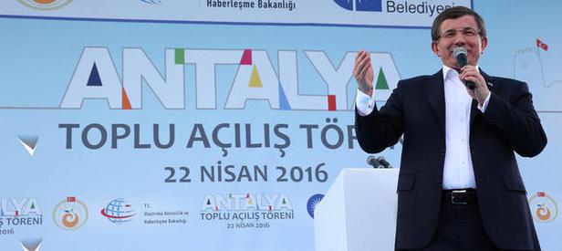 Başbakan Davutoğlu: Aşk ve imanla milletin huzurundayız