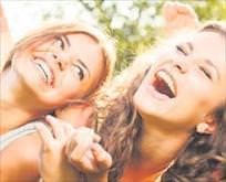 Gülmek sizi yaşatıyor