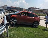 Süper Lig'in yıldız oyuncusu trafik kazası geçirdi