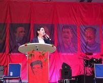 Figen sırtını diktatörlere dayayıp Türkiye'yi eleştirdi!