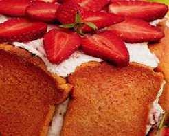 Fransız Mutfağı'ndan Çilekli Şarlot Tarifi