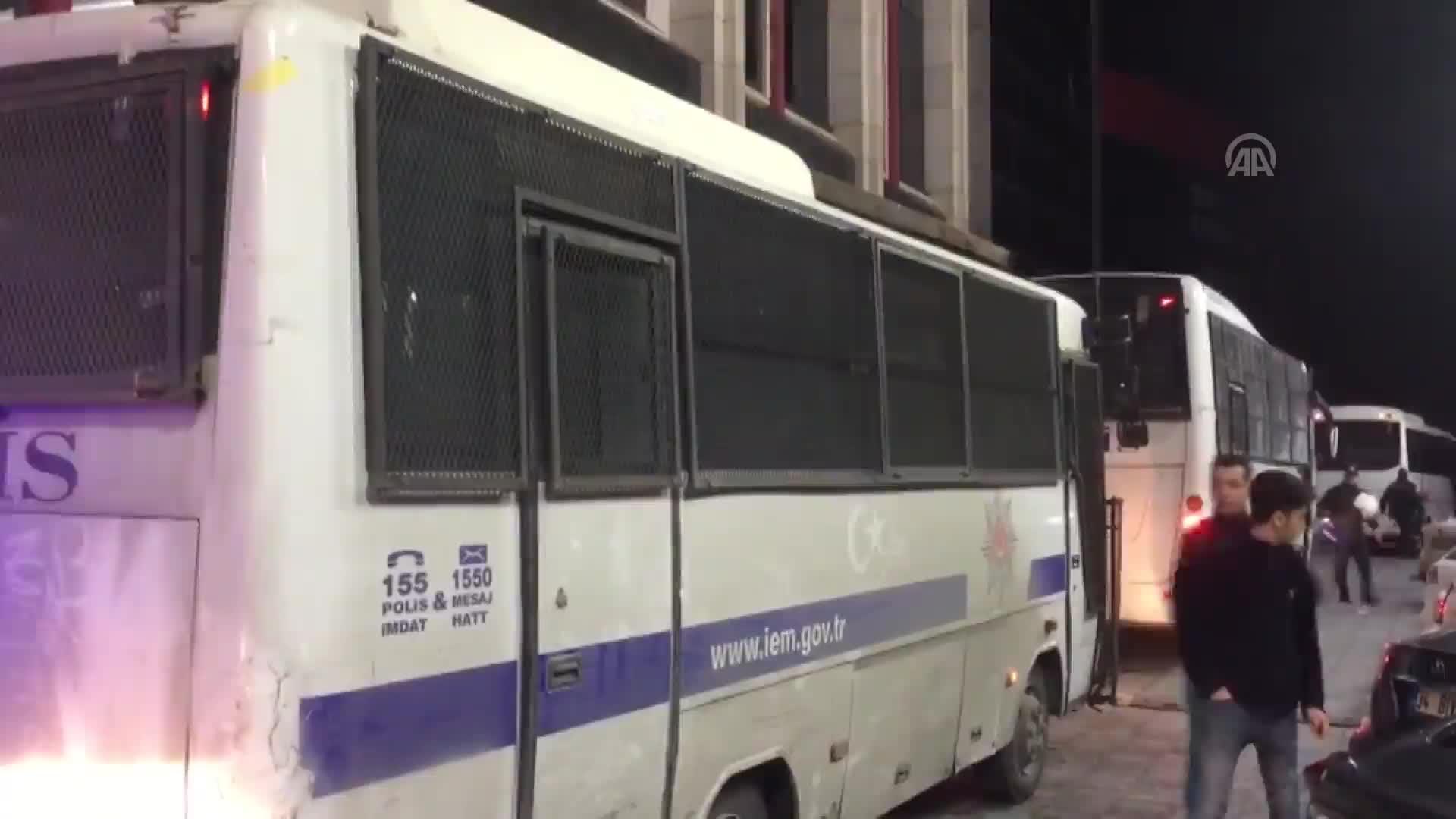 Polis Dur Ihtarına Uymayan şüphelilere Ateş Açtı Haber Takvim