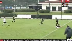 Beşiktaş-Fenerbahçe U21 maçında ortalığı karıştıran faul
